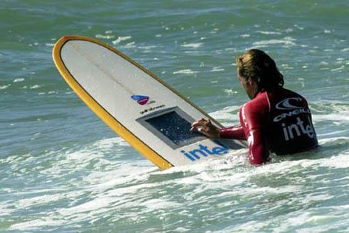 Desarrollan la primera tabla de surf del mundo con - Disenos de tablas de surf ...