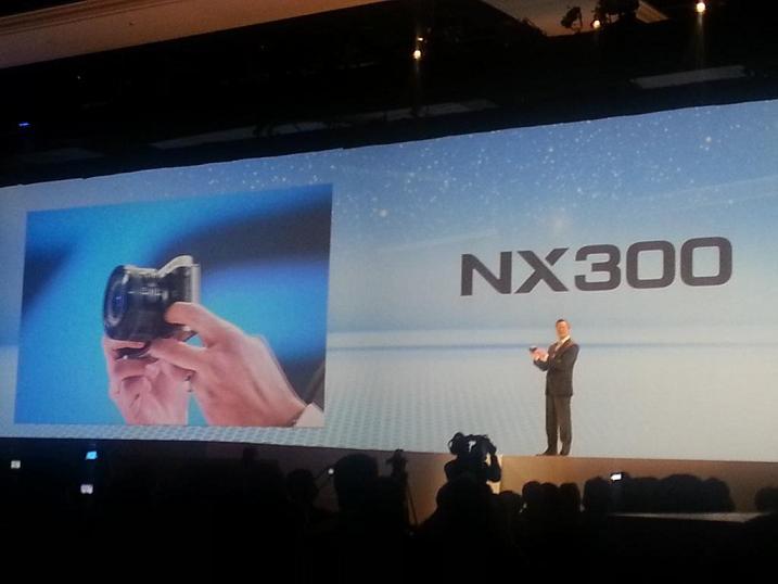 Samsung presenta en CES 2013 cámaras inteligentes con WiFi