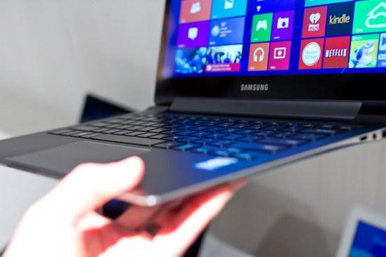 samsung laptop smartphone