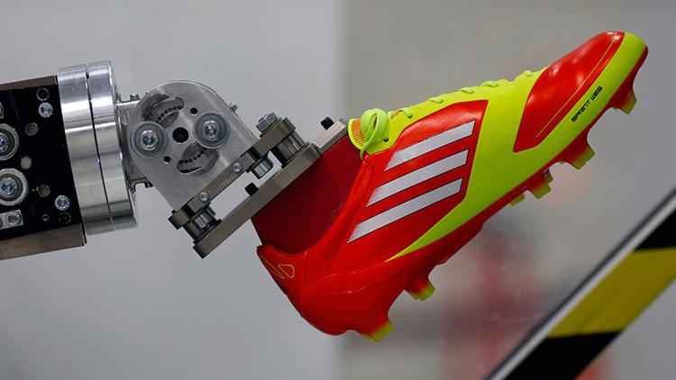 07b9ca4ccbe2b3 Adidas construirá en EEUU su segunda fábrica completamente robotizada